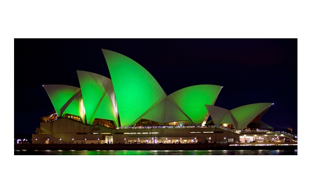 7 Iconic Buildings turning green for St Patrick's Day