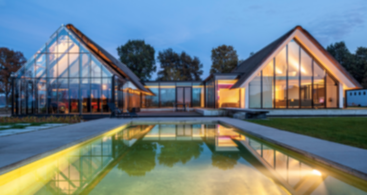 Stunning Modern Glass Houses