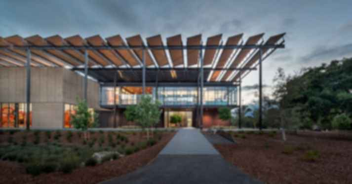 How Stanford's Architect Combines Old and New