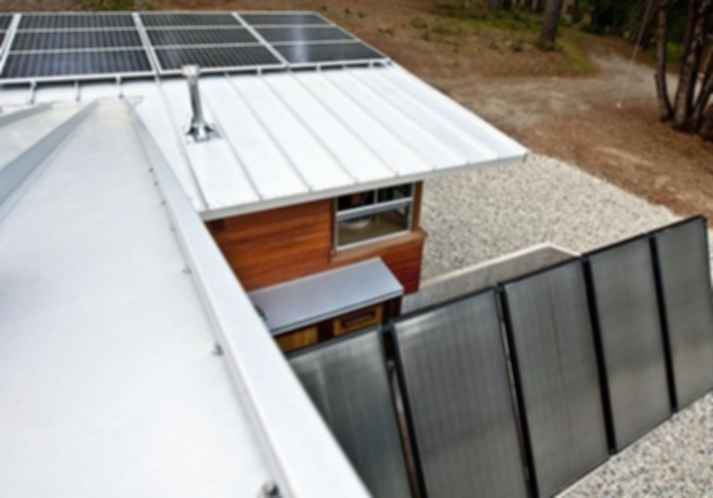 Off-grid Living: Architectural and Environmental Considerations