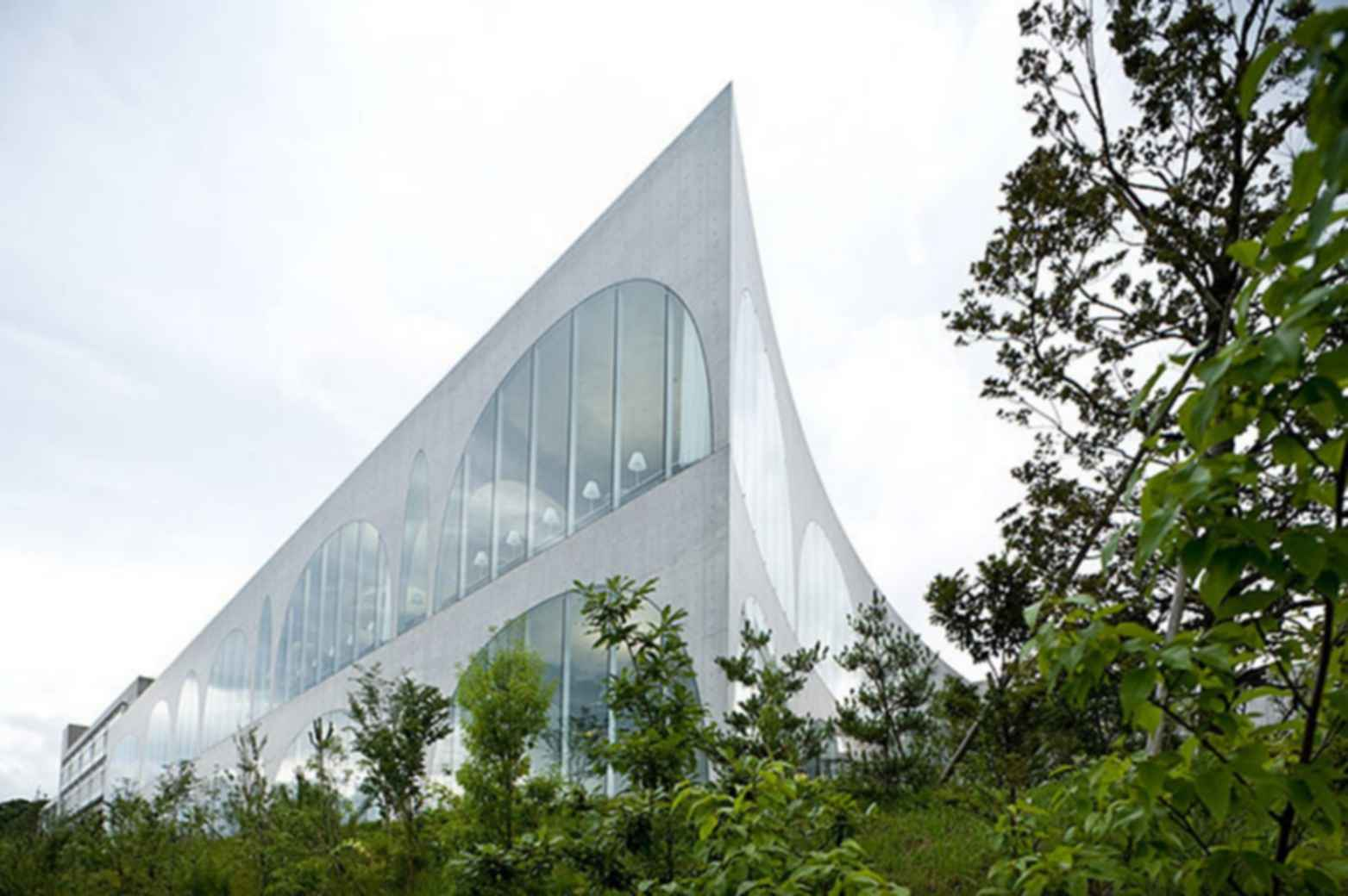 Tama Art University Library - Concept Design