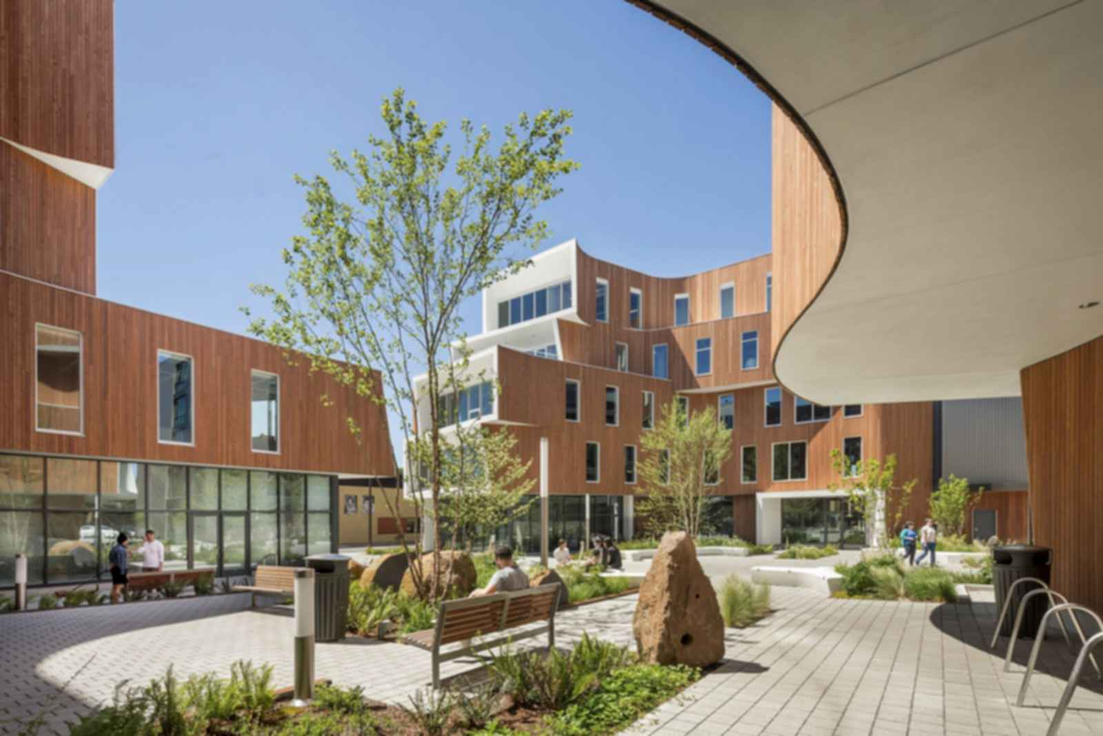 One North - Courtyard