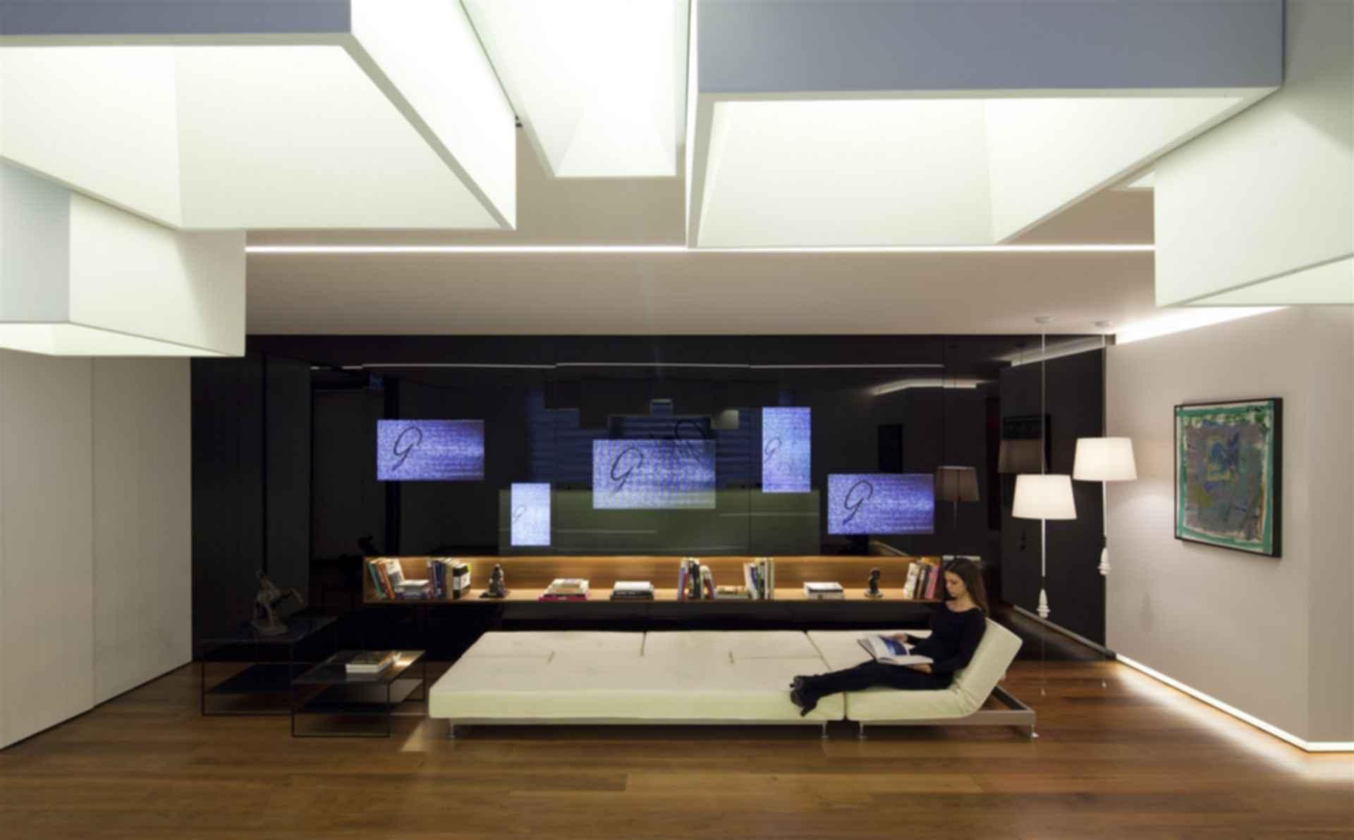 Gindi Holdings Office - Interior