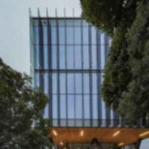 Quad 7 - Windows