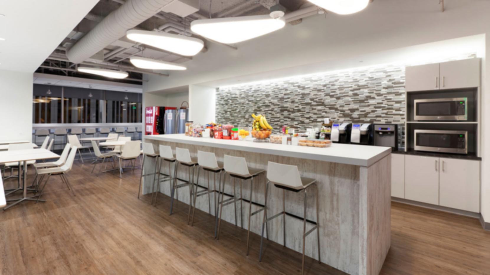 AON Headquarters - Kitchen