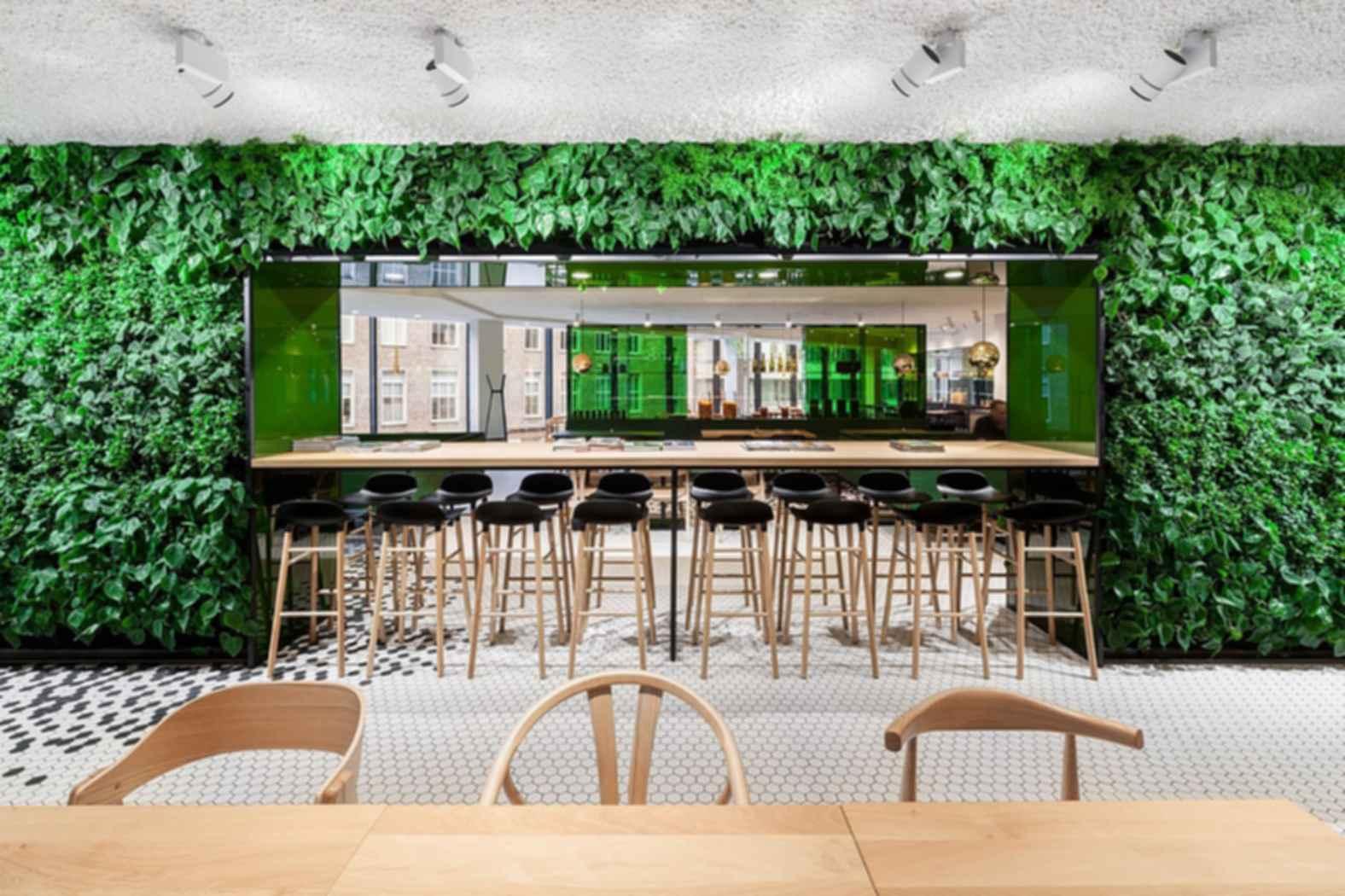 Bijenkorf Restaurant - Seating