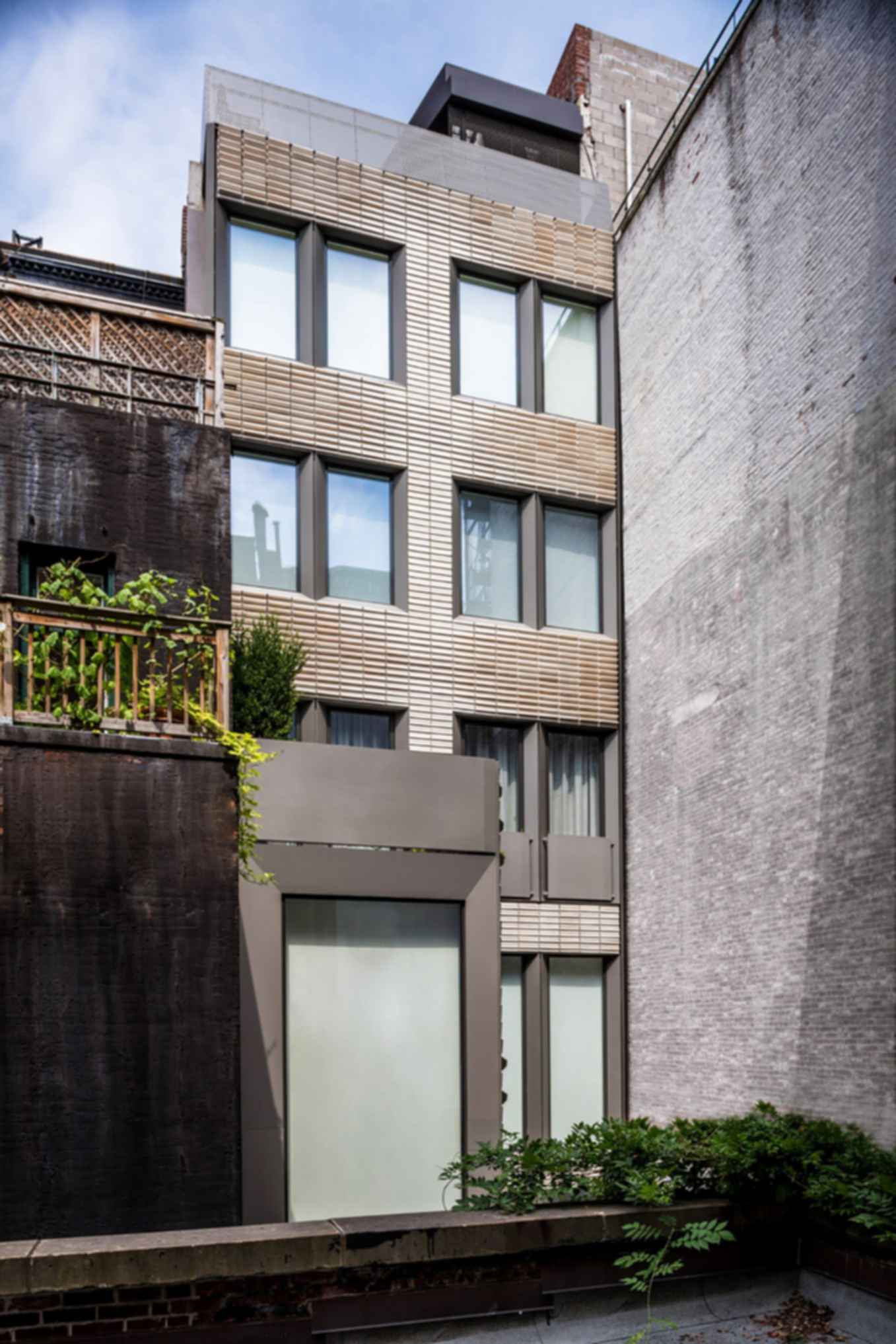 Upper East Side Townhouse Reconstruction