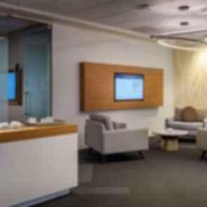 Umpqua Bank - Lobby