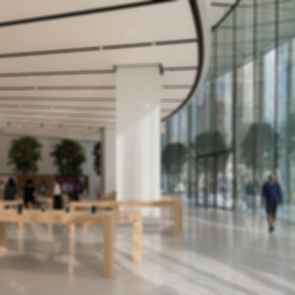 Apple Dubai Mall - Interior