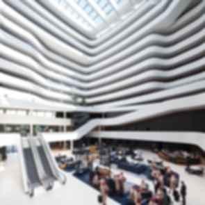 Hilton Amsterdam Airport Schiphol - Atrium