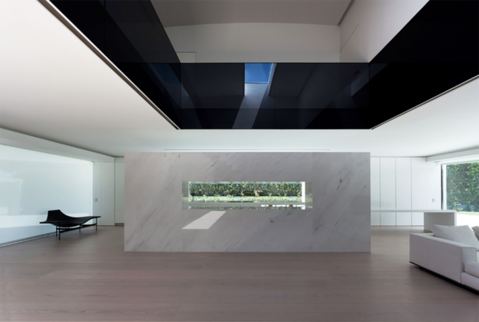 Balint House - Interior
