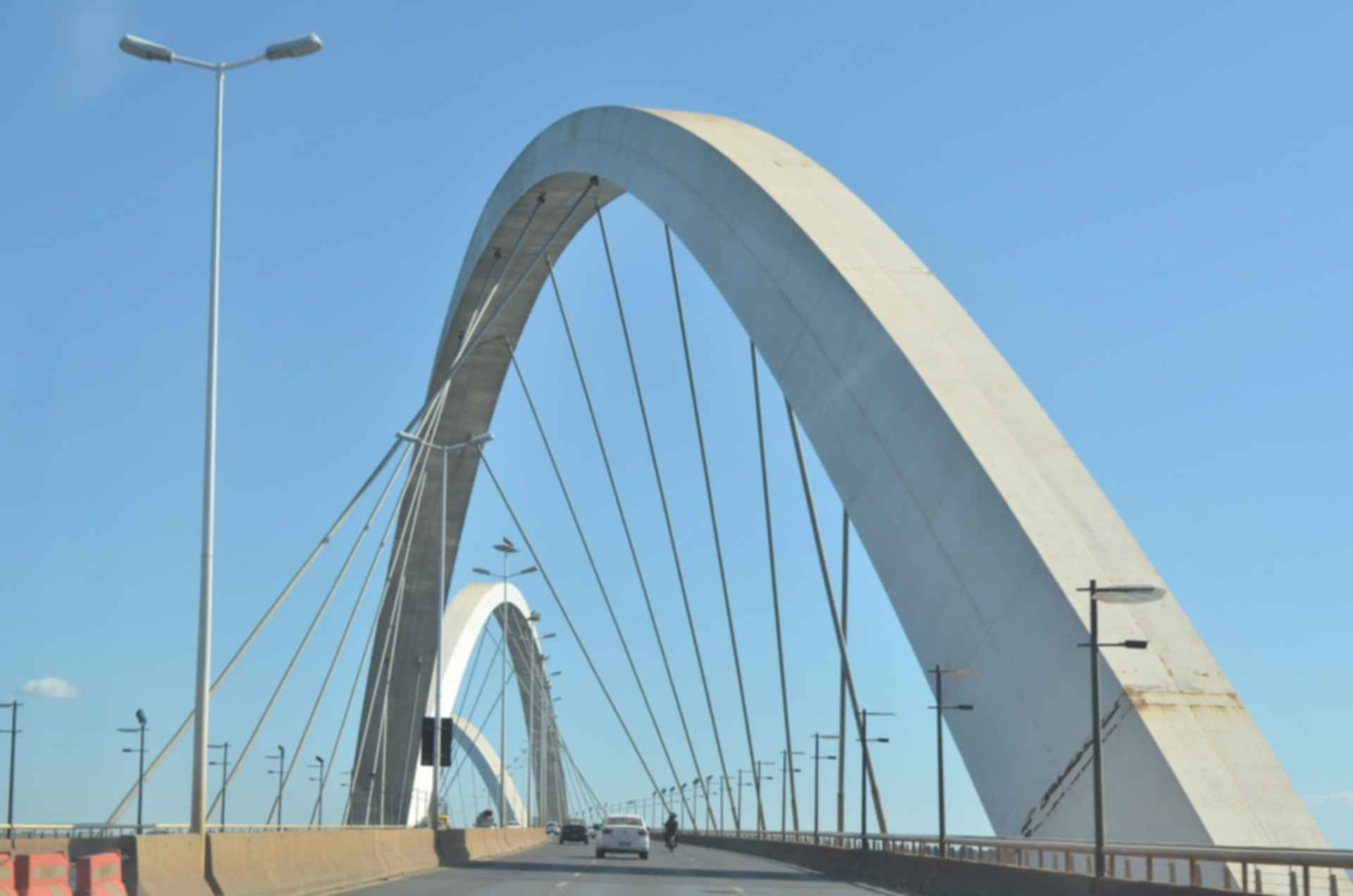 Juscelino Kubitschek Bridge - Close Look