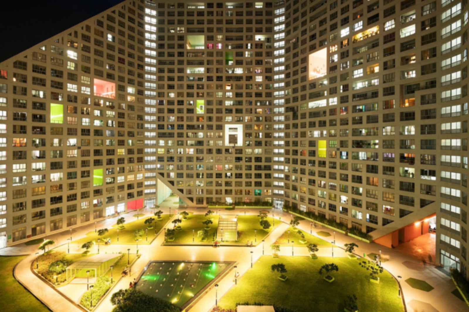Future Towers - Courtyard