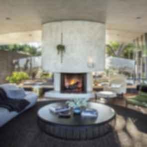 Silvertop - Living Room