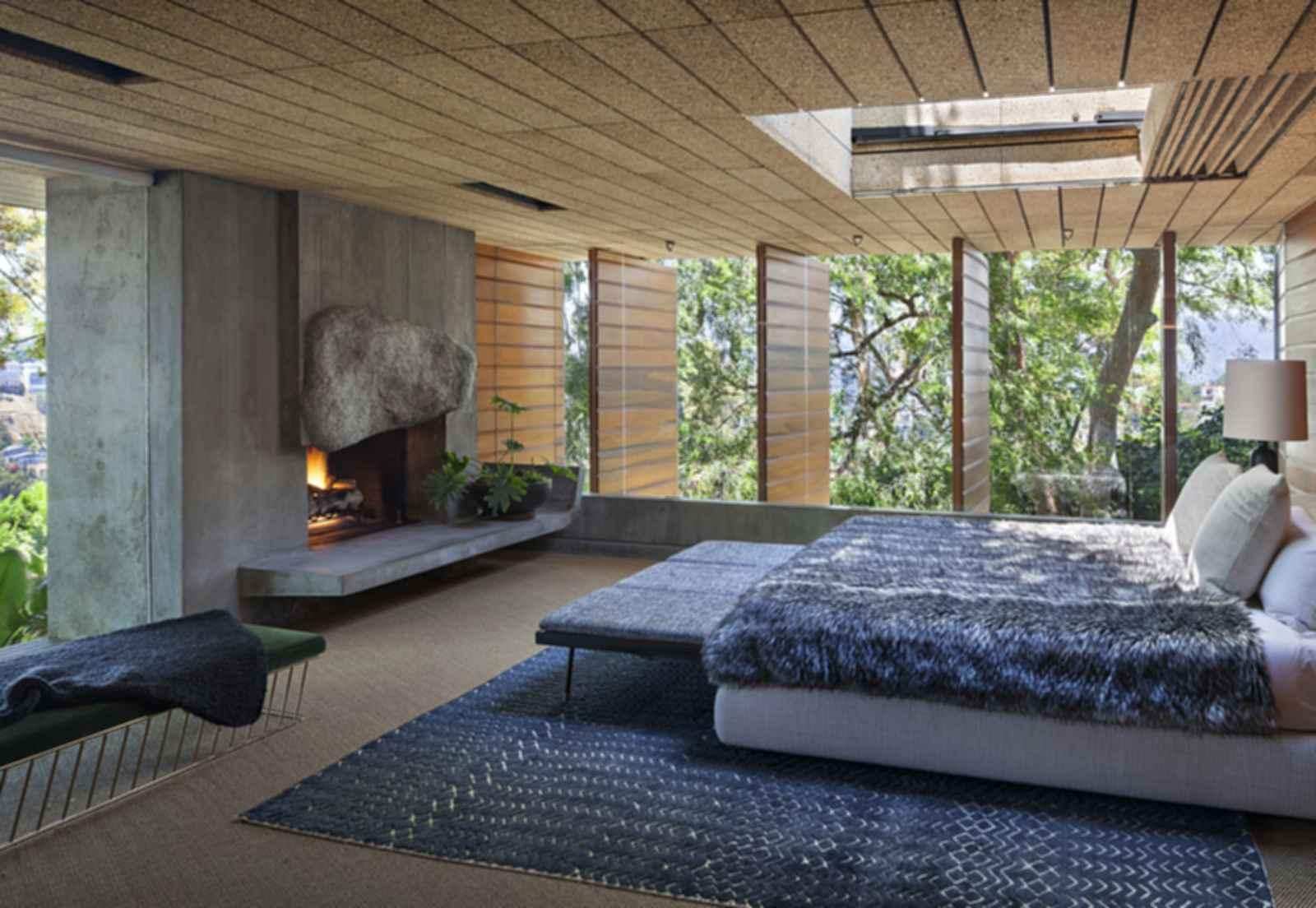 Silvertop - Bedroom