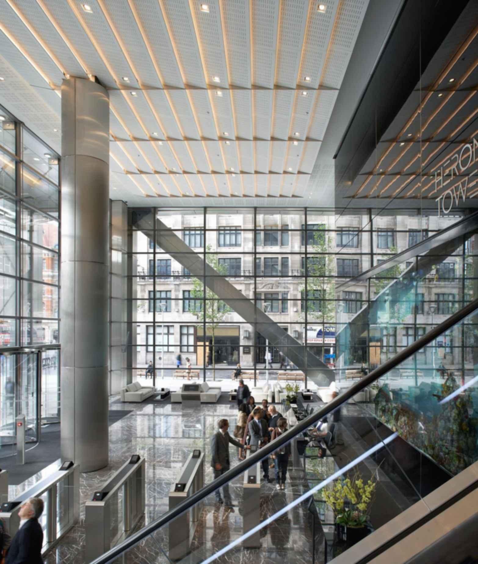 110 Bishopsgate - Lobby