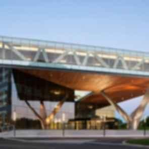 Centra Metropark - Exterior