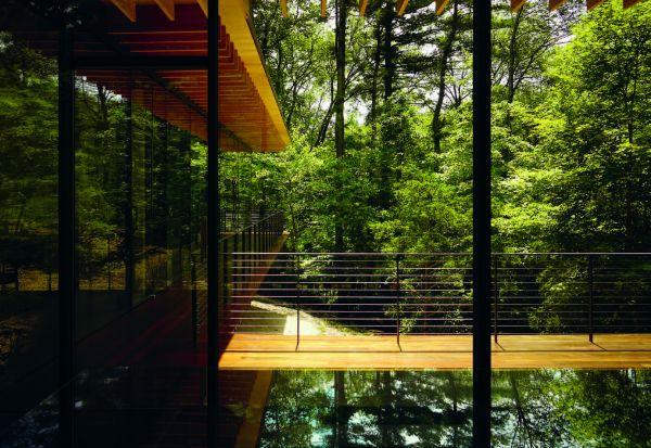 Glass Wood House Exterior Walkway Modlar Com