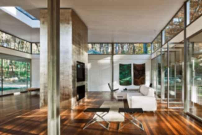 Glass/Wood House - Interior