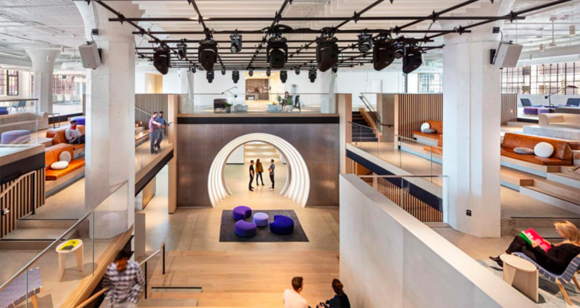 Warner Music Group - Interior