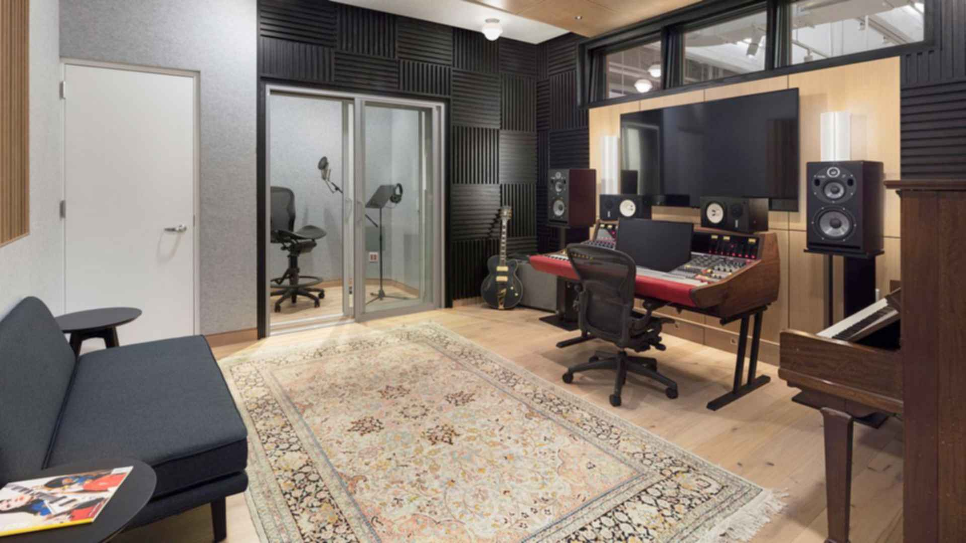 Warner Music Group - Studio