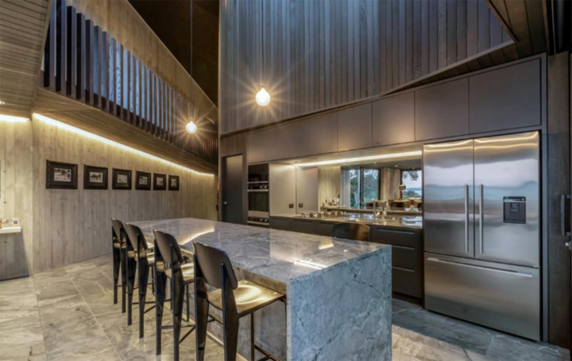 Point Chevalier House - Kitchen