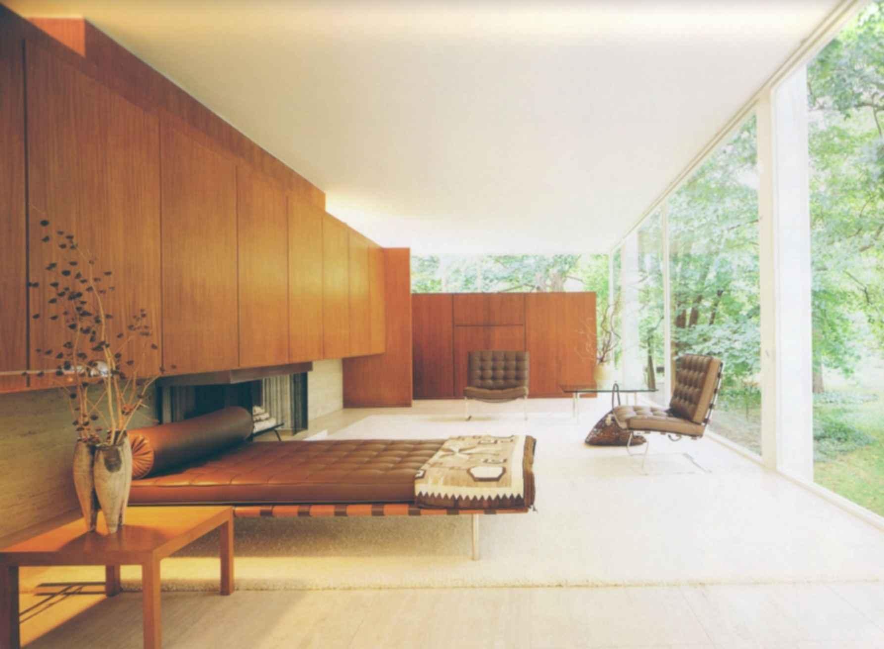 Farnsworth House - Interior