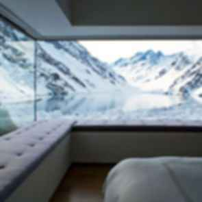 Chalet C7 - Interior/View to Lake