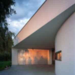 OUTrial House - Exterior