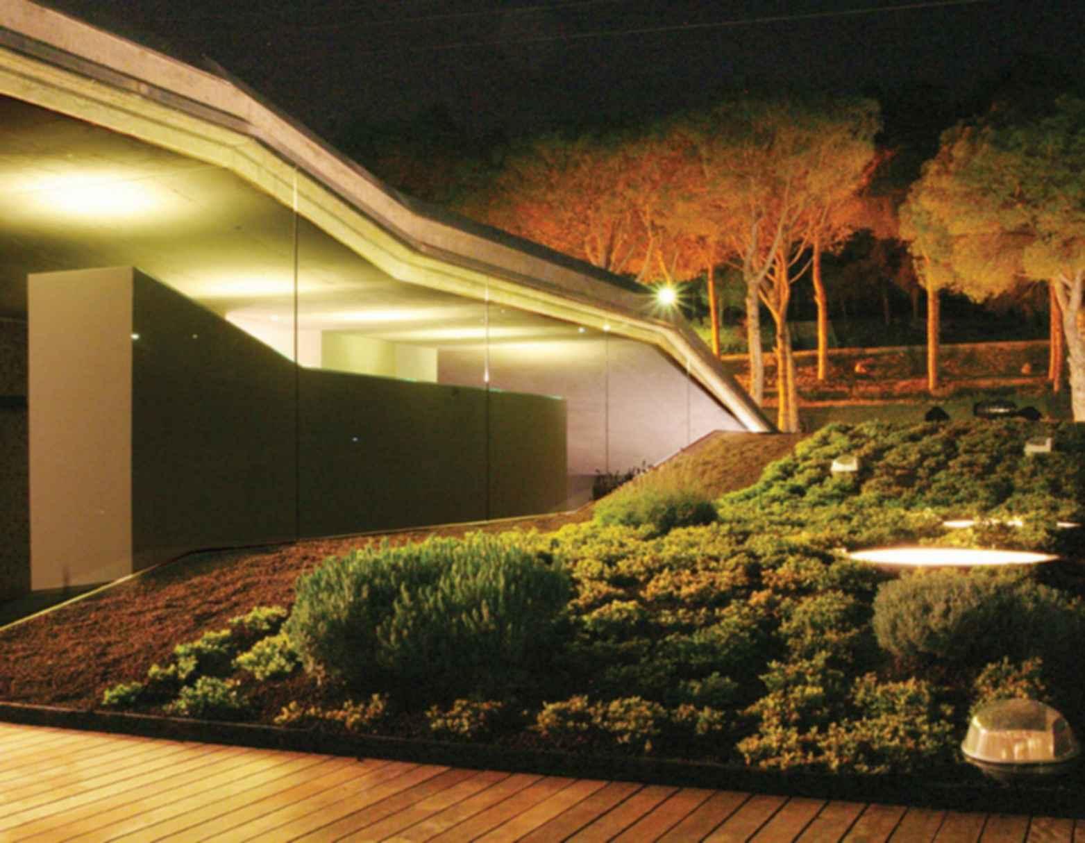 Villa Bio - Exterior, Side