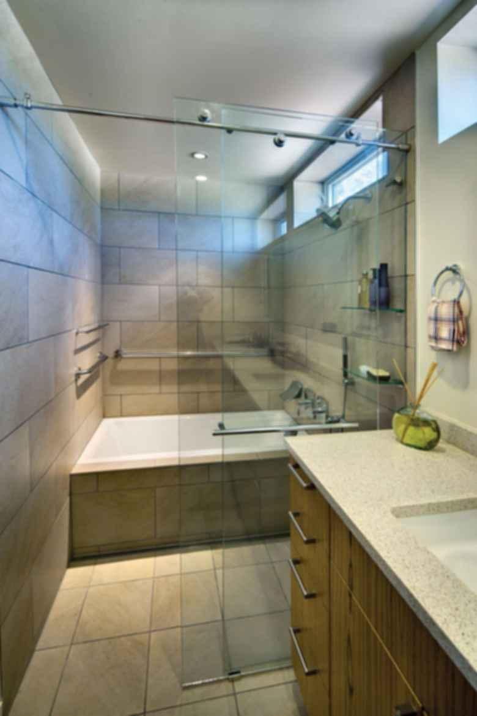 Breeze House - Interior/Bathroom