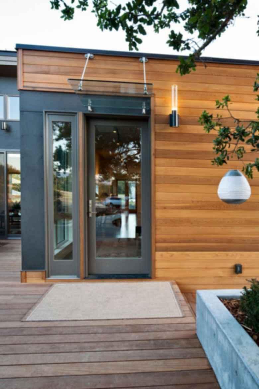Breeze House - Exterior/Door