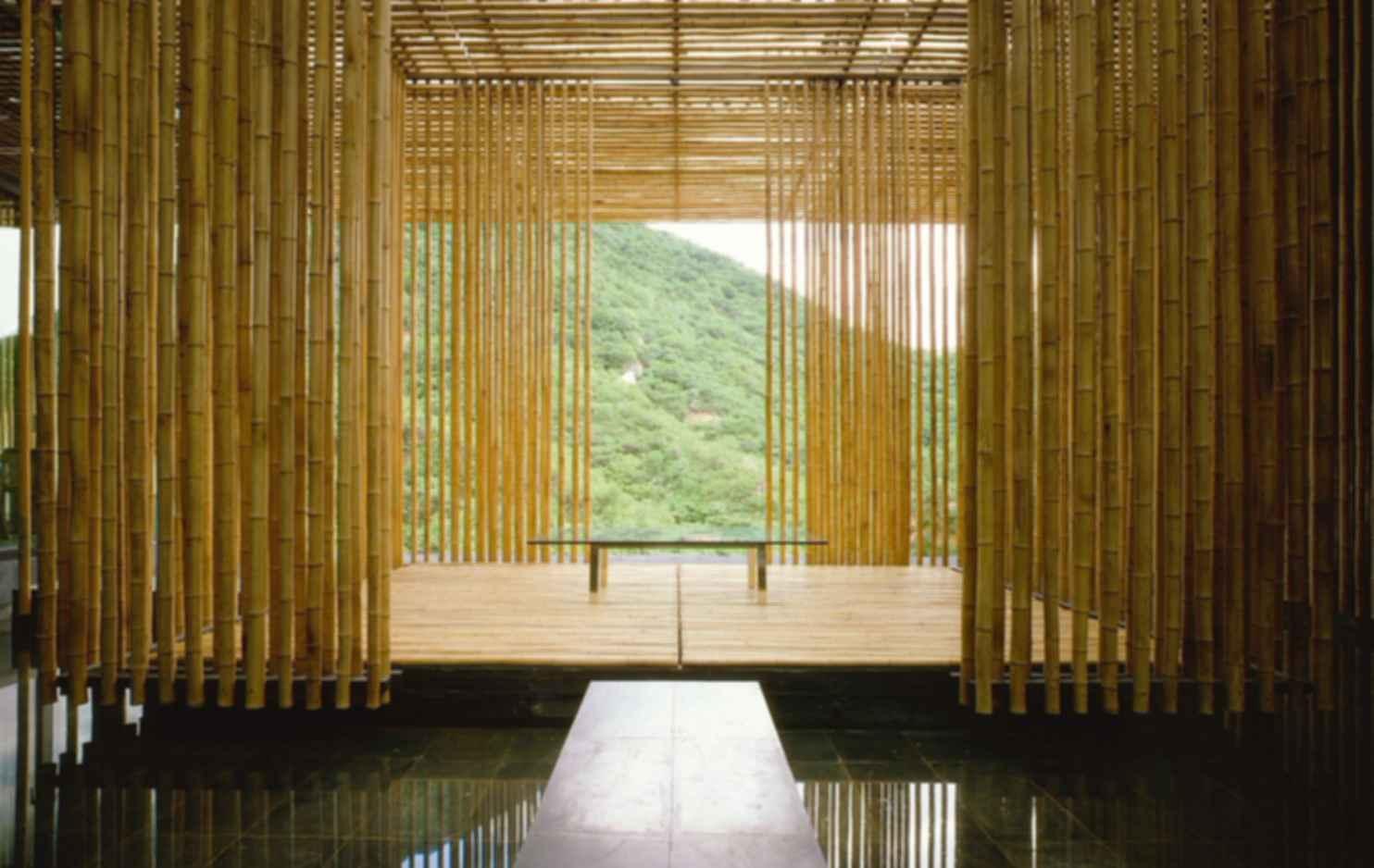Great Bamboo Wall - Interior