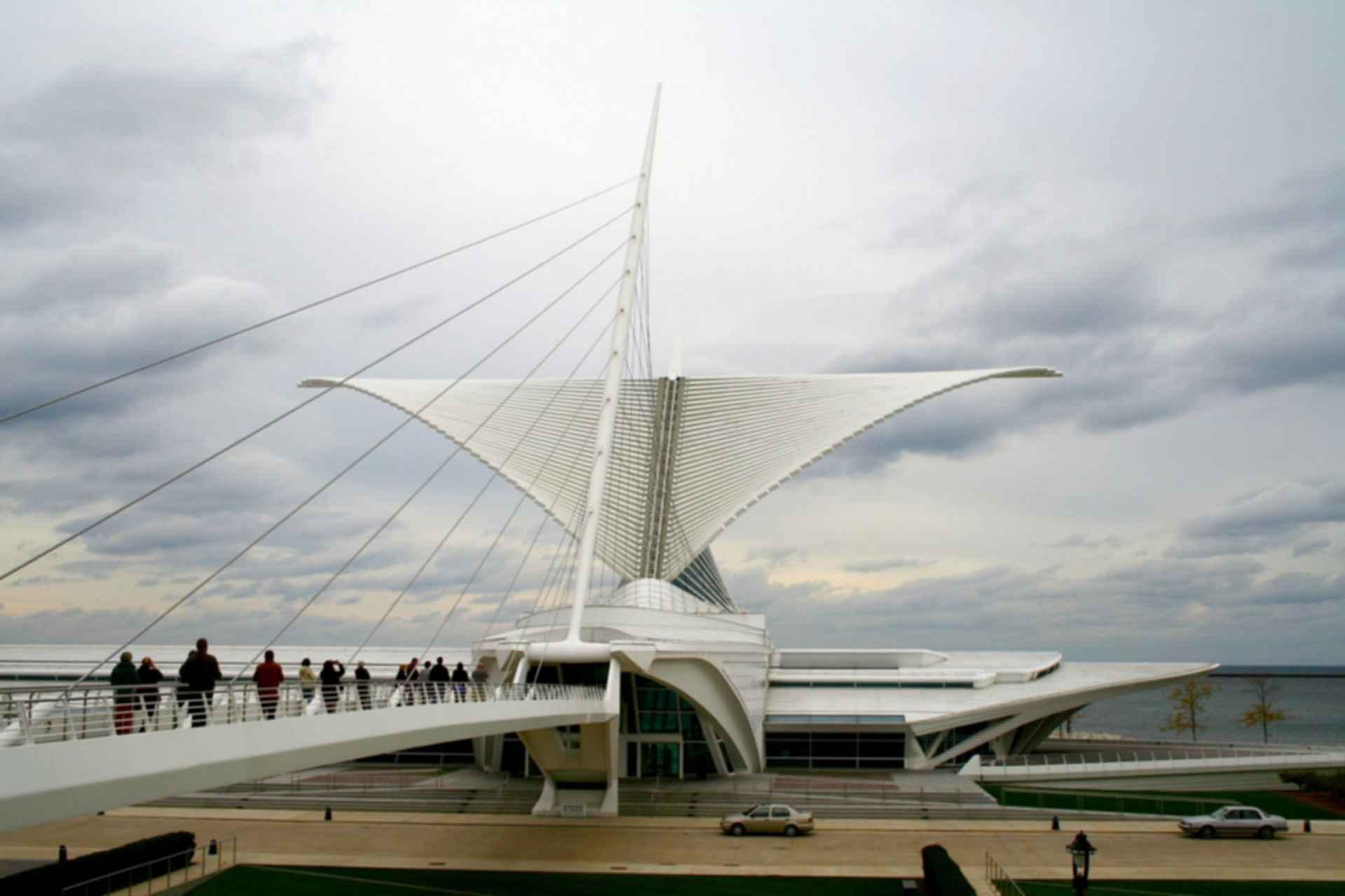Milwaukee Art Museum - Exterior