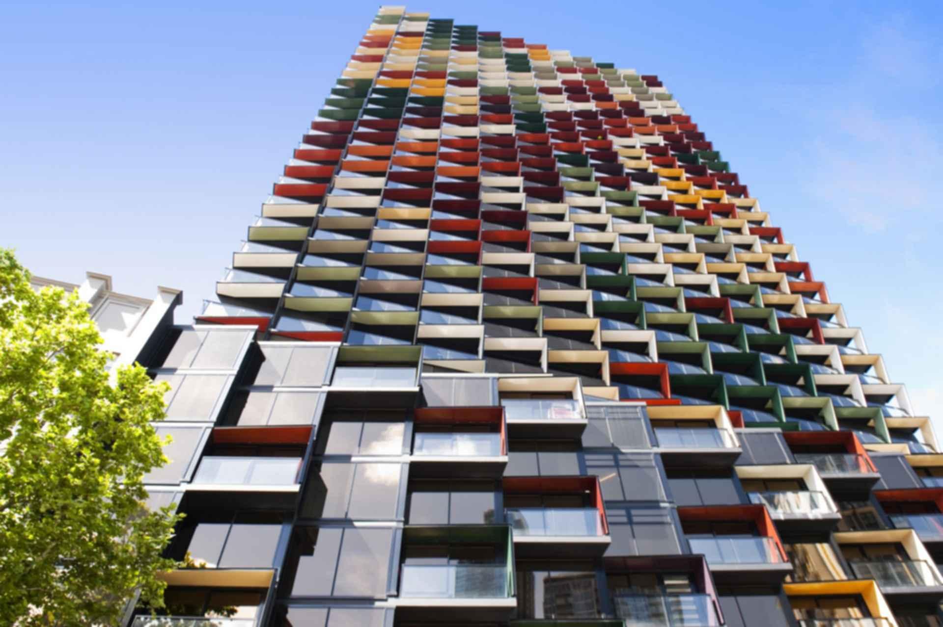 A 39 beckett apartment tower exterior for Apartment design melbourne