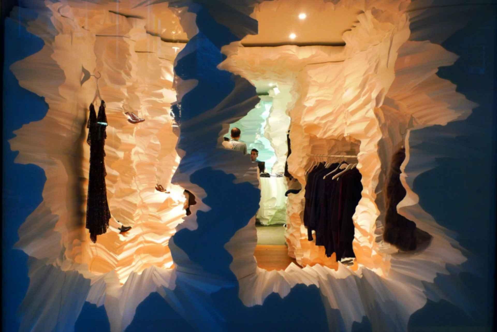 Richard Chai Pop-Up Store - Interior/Shelf