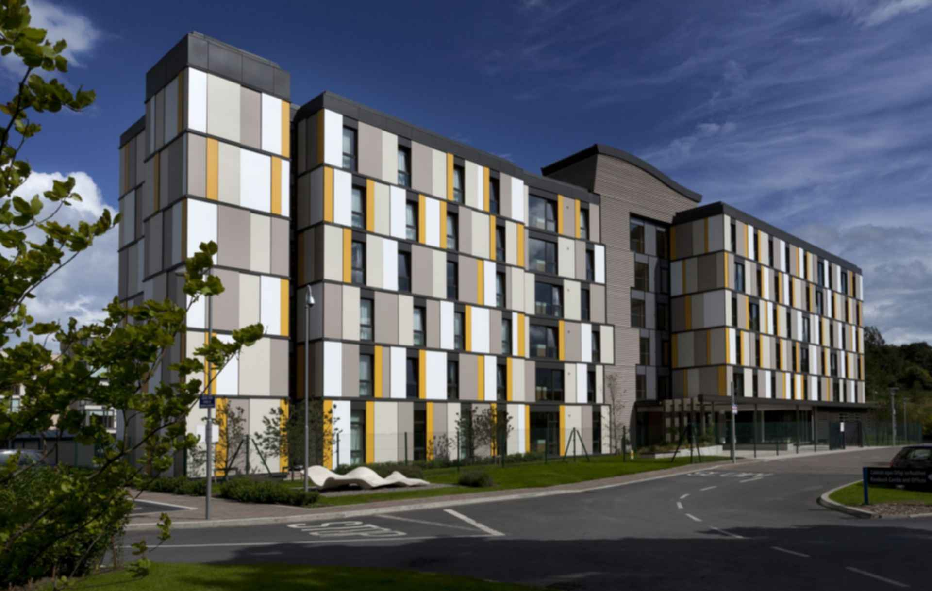 Student Residence Roebuck Castle - Exterior