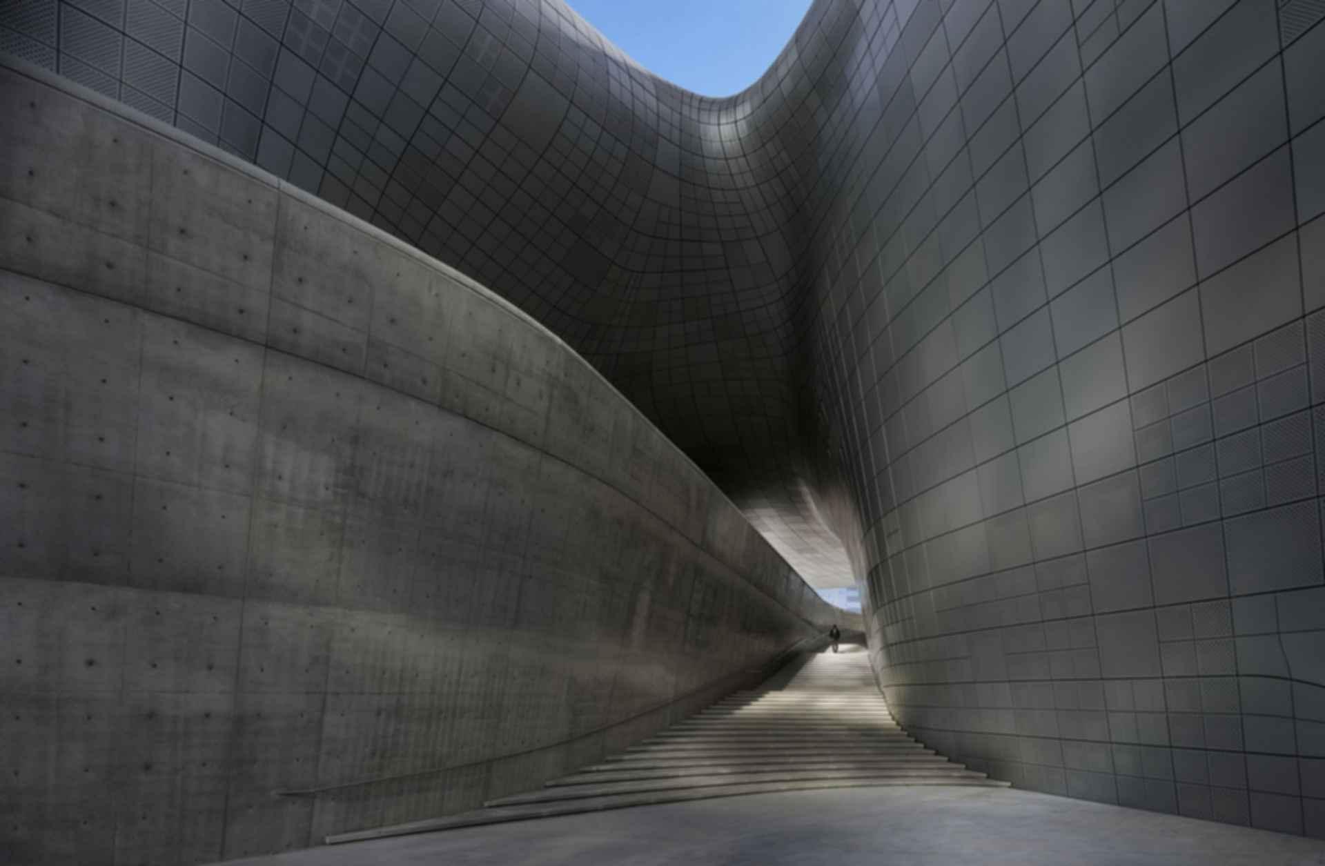 Dongdaemun Design Plaza - Interior/Stairs