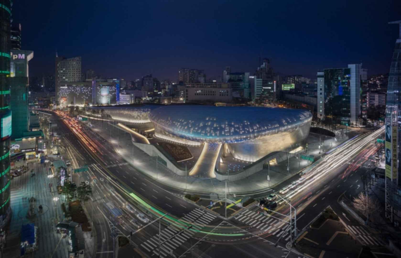 Dongdaemun Design Plaza - Exterior at Night