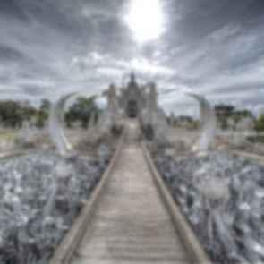Wat Rong Khun - Walkway