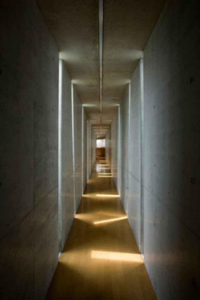 Slit House - Interior, Hallway