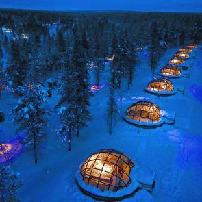 Kakslauttanen Arctic Resort - Exterior at Night