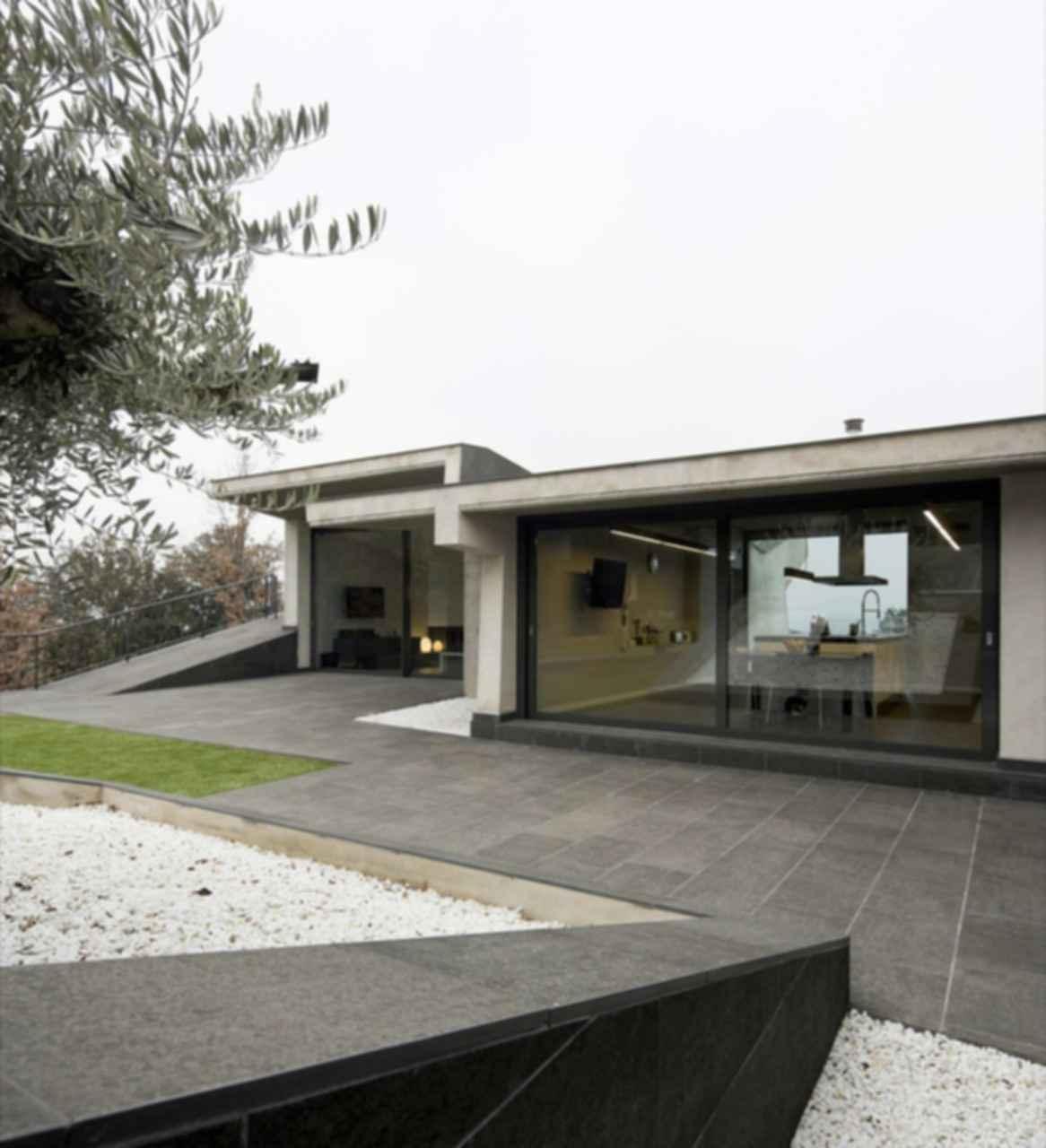 Bescano House - Exterior