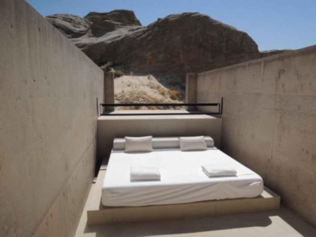 Amangiri Resort - Outdoor Bed