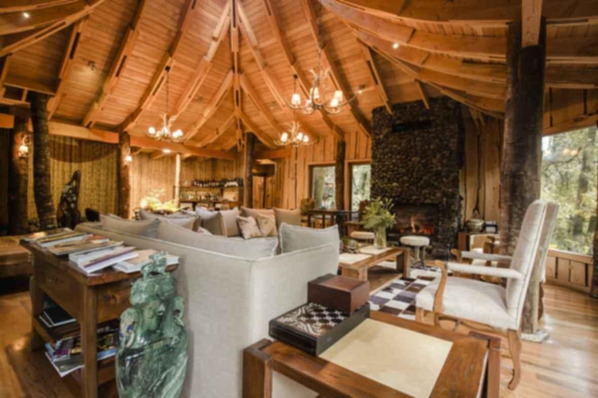Magic Mountain Hotel - Lounge