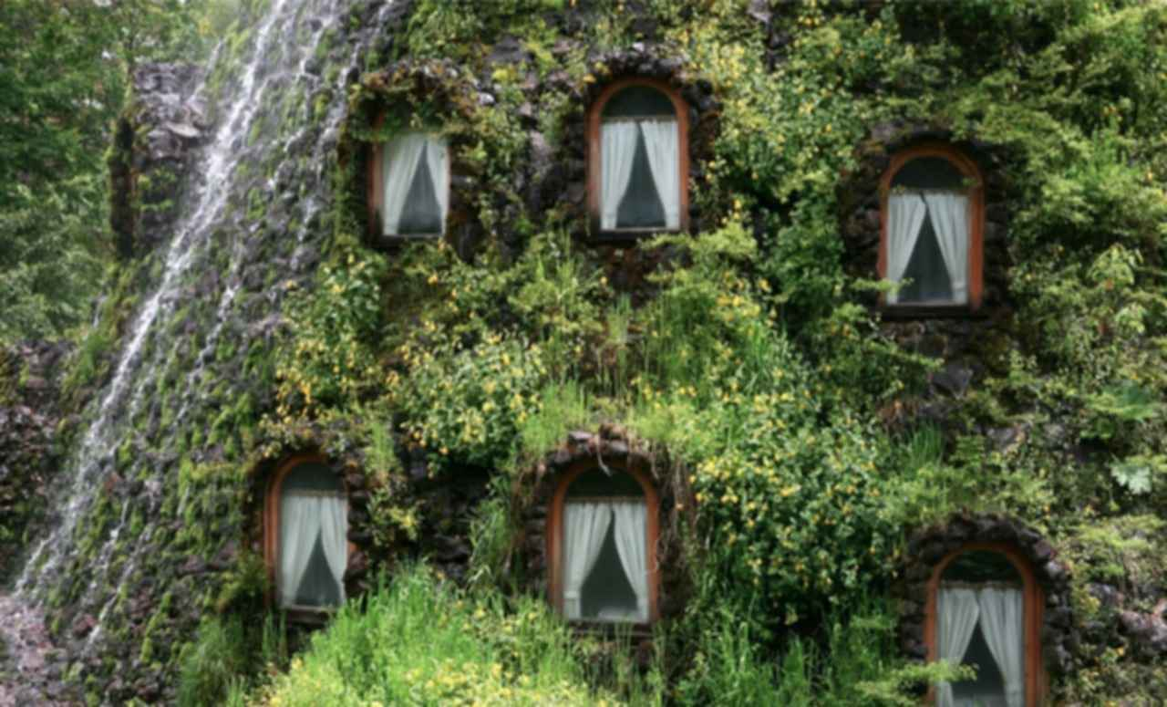 Magic Mountain Hotel - Exterior