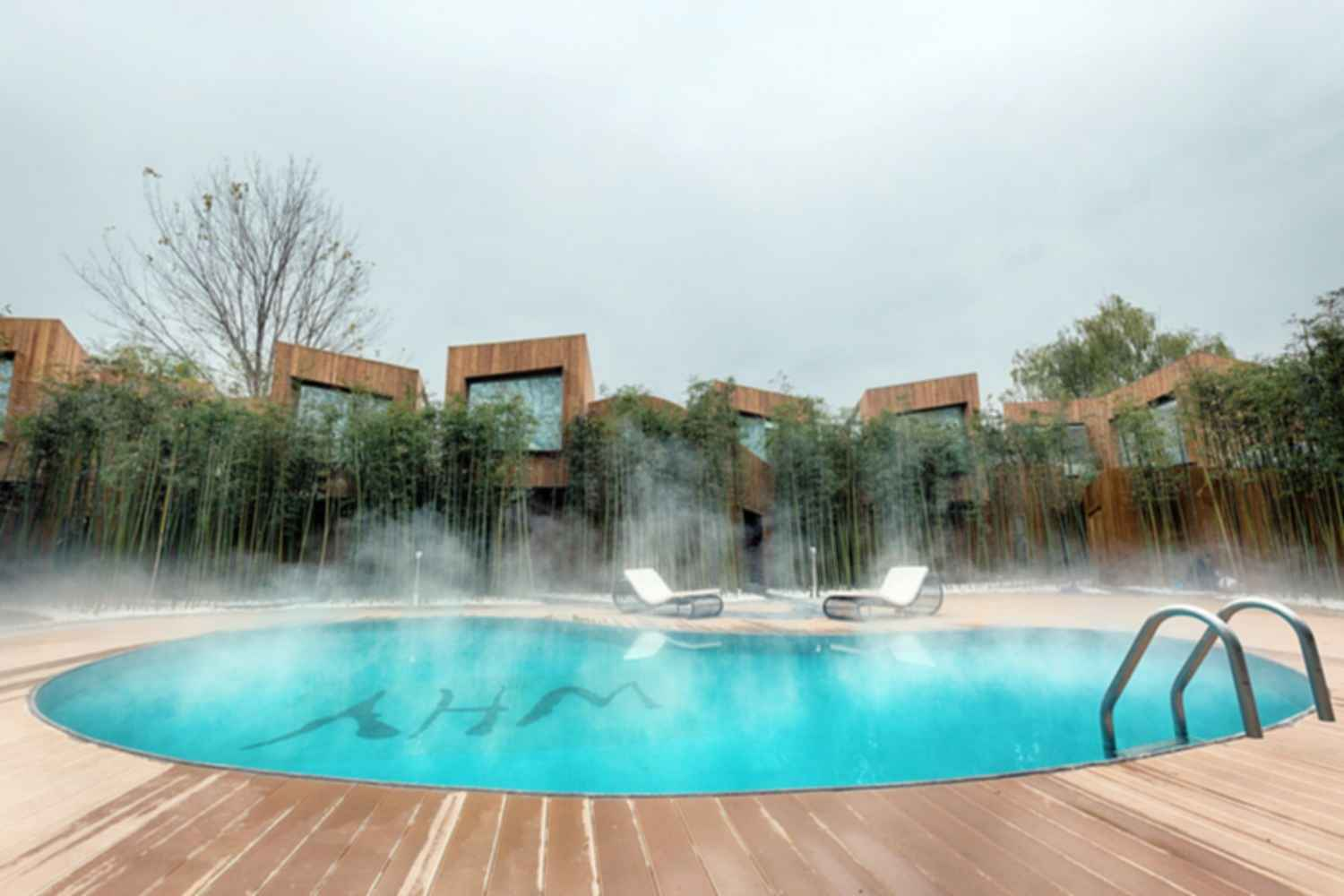 WHY Hotel - Exterior/Pool
