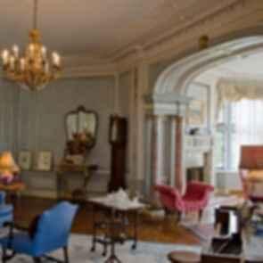 Casa Loma - Interior/Lounge