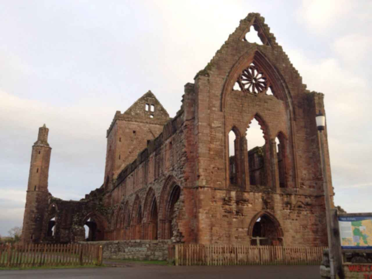 Sweetheart Abbey - Exterior