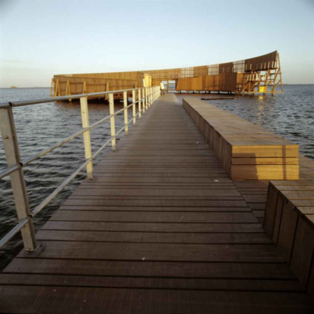 The Kastrup Sea Bath - Walkway/Building